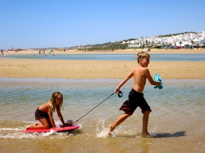 kids in conil